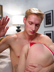 Gay twinks collin exposes the cuffs and 10